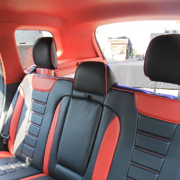 Suguhan interior premium Wollsdorf untuk LiveModz