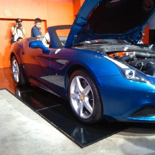 Siapkan Rp 6 Milyar untuk menebus 1 unit Ferrari California T
