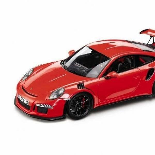 Dugaan wujud Porsche 911 GT3 RS terungkap lewat scale model