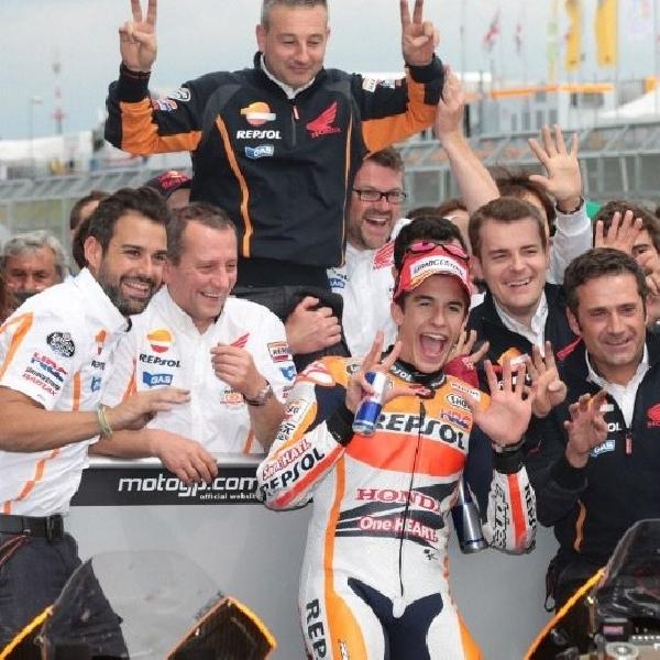 Marquez akui tiru Pedrosa dan Rossi
