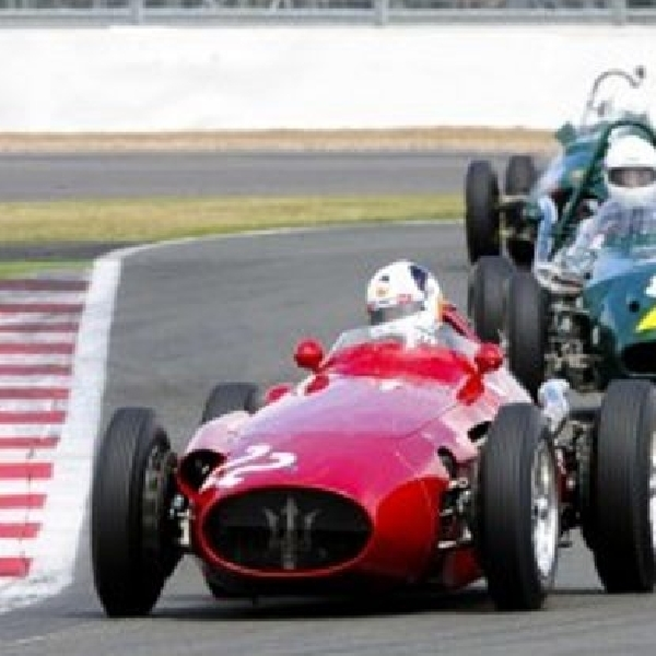 Pesta ulang tahun Maserati ke-100 di Silverstone