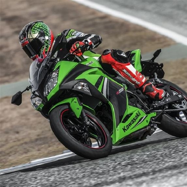 Kawasaki Ninja 300 Special Edition meluncur di Eropa