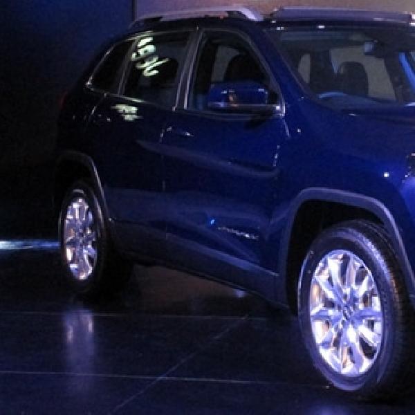 Punya Sensor Ultrasonic, All-new Jeep Cherokee Bisa Parkir Sendiri