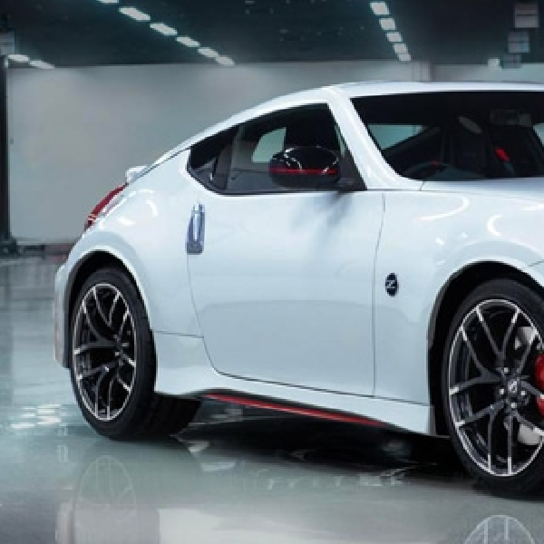 Nissan Z35 Datang Dengan Versi Hybrid dan Adopsi Mesin Mercedes Benz