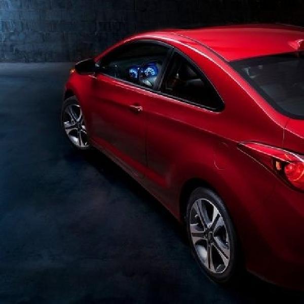 Hyundai Elantra coupe dipensiunkan