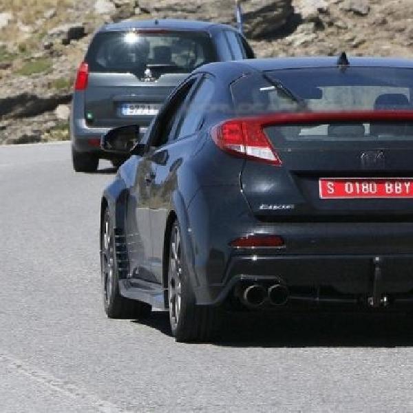 Prototype Honda Civic Type R datang tanpa sayap belakang