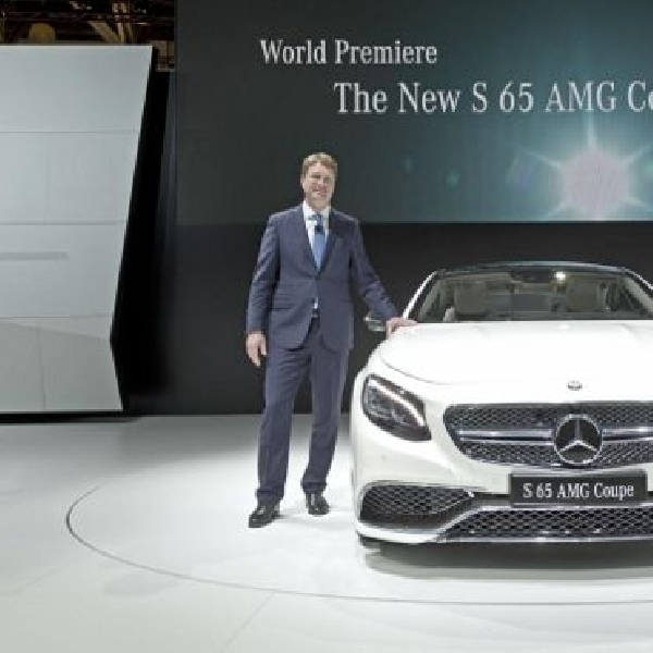 Mercedes suguhkan S65 AMG Coupe di Moscow Motor Show