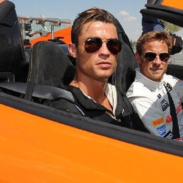 Button ajari CR7 ngebut pakai supercar McLaren