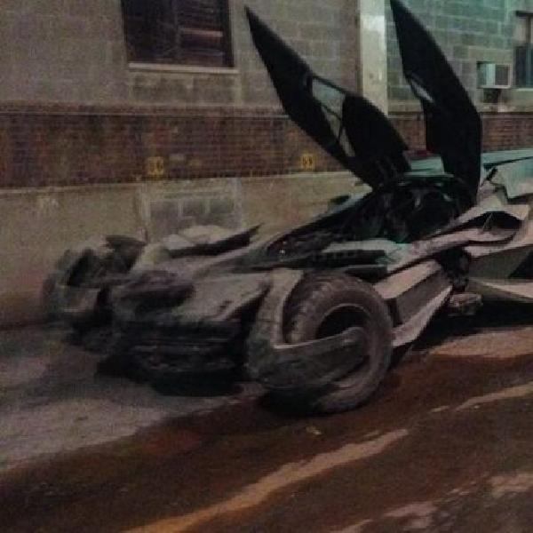 Batmobile baru perlihatkan wajah sangarnya