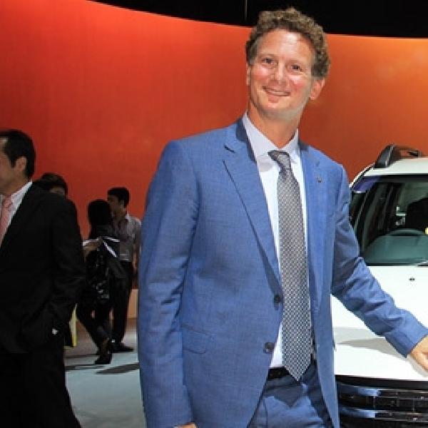 Renault kenalkan Duster 4x4 diajang IIMS 2014