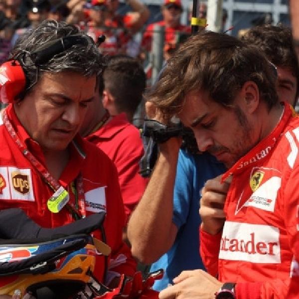 Alonso ajak kru tim Ferrari bersatu