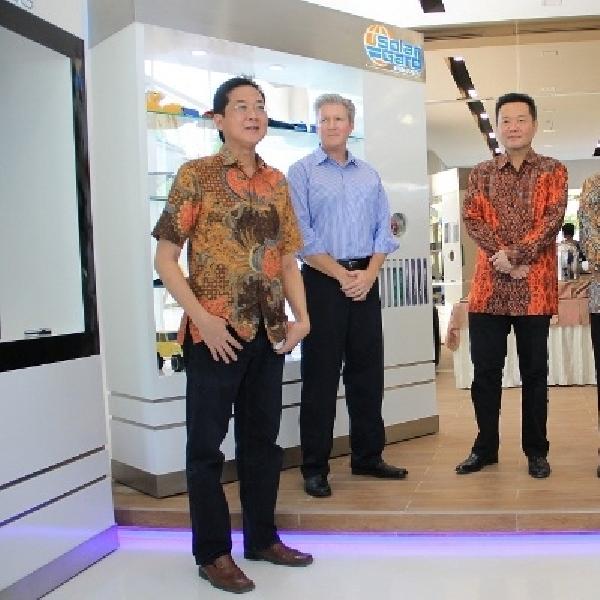 Solar Gard resmikan kantor baru di Central 88 Kemayoran