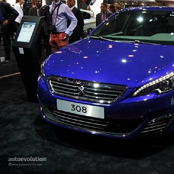 Debut All New Peugeot 308 di Paris Motor Show