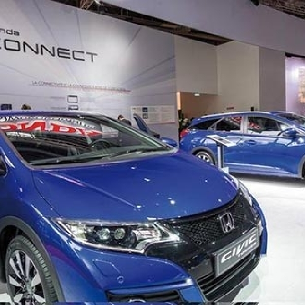 Honda Civic Hatchback dan Wagon Facelift juga debut di Paris Motor Show 2014