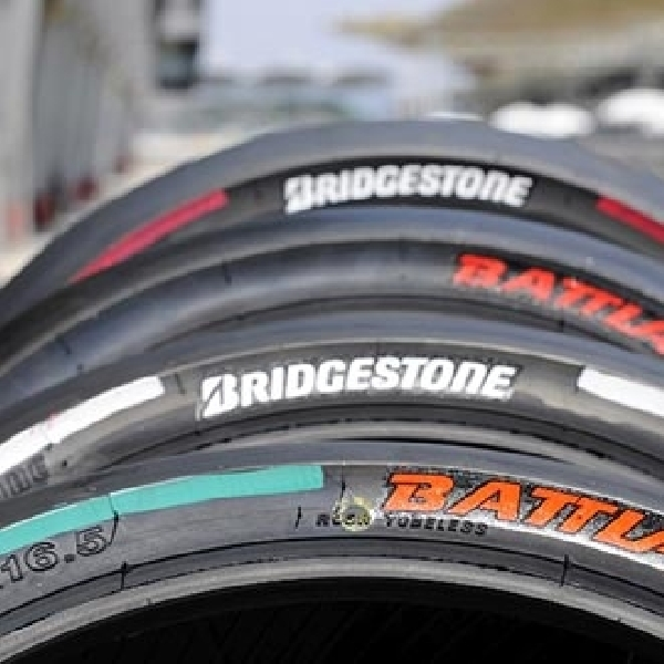 Bridgestone Gunakan Ban depan Asimetris Baru di Phillip Island