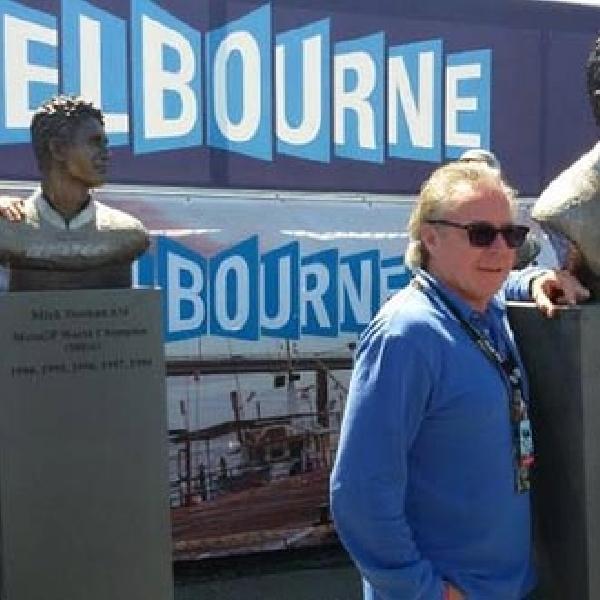 Stoner, Doohan dan Gardner Resmikan Patung Mereka di Phillip Islands