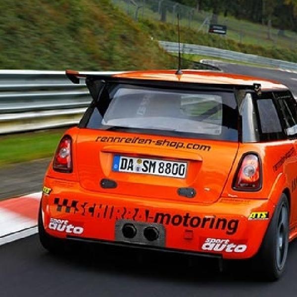 MINI JCW Modifikasi Torehkan Rekor Baru di Nurburgring