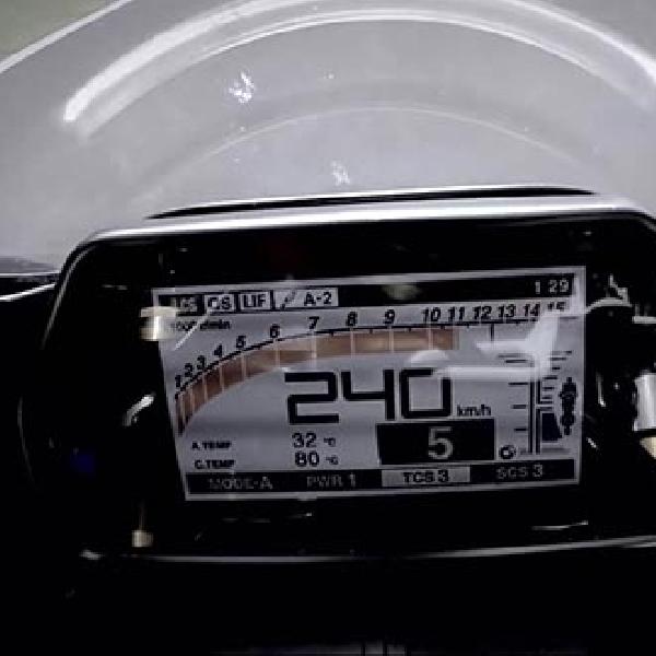 Mengintip Video Rossi Mencicipi R1 Terbaru