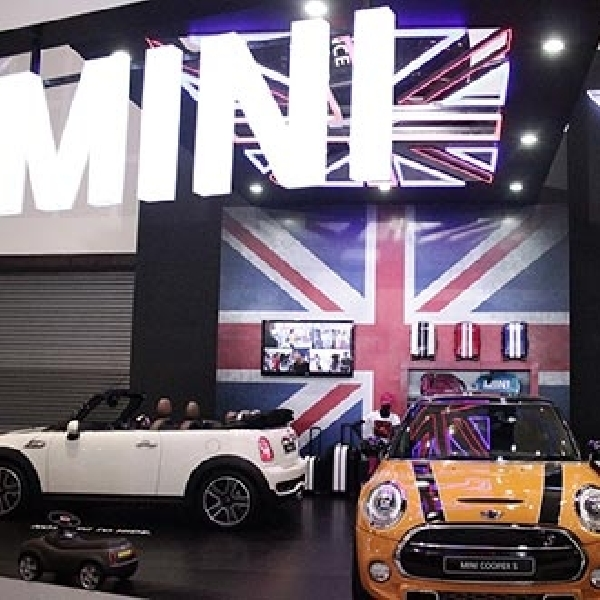 MINI Indonesia Eksis dan Luncurkan New MINI di POS 2014