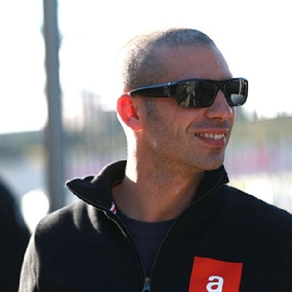 Marco Melandri Resmi ke MotoGP Bersama Aprilia