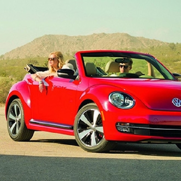 Volkswagen Beetle 2015 Adopsi Mesin Baru dan Teknologi Baru