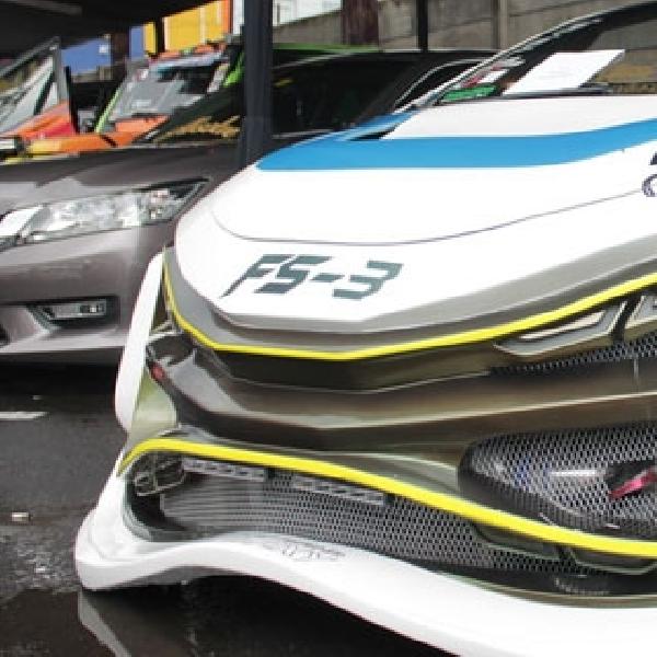 Honda All New Civic FS-3 Ari Galaxy Dominasi Kontes Modifikasi Dyno Attraction Roadshow 2014 Bandung