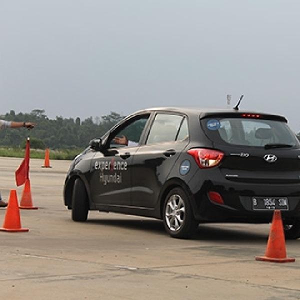 Hyundai Latih Anggota Komunitas Mengemudi yang Aman