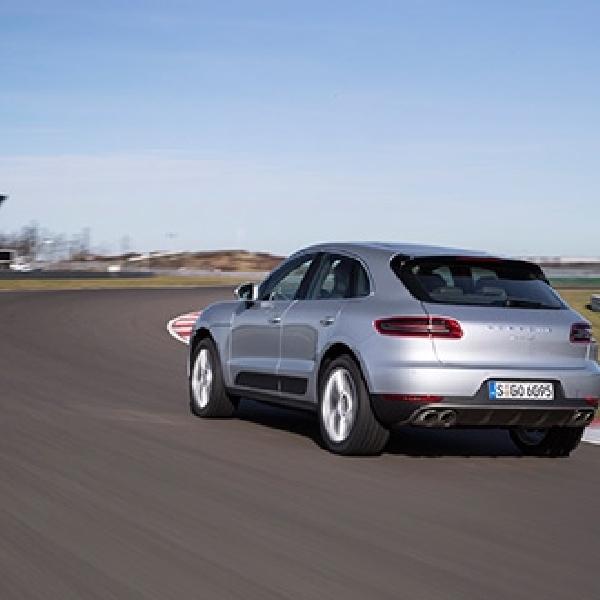 Porsche Sabet 3 Penghargaan Internasional Sekaligus