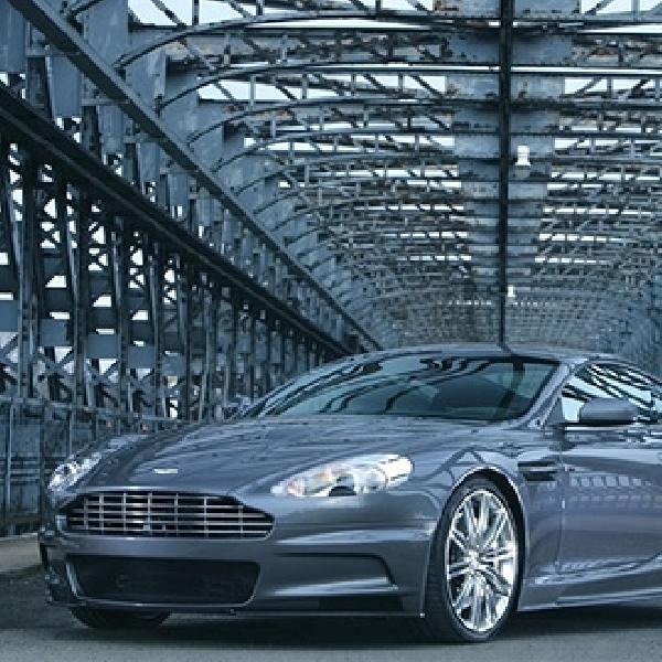 10 Unit Aston Martin DB10 Disiapkan untuk Syuting James Bond