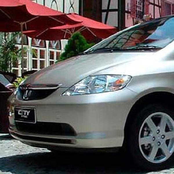 Honda Lakukan Recall City Produksi 2004