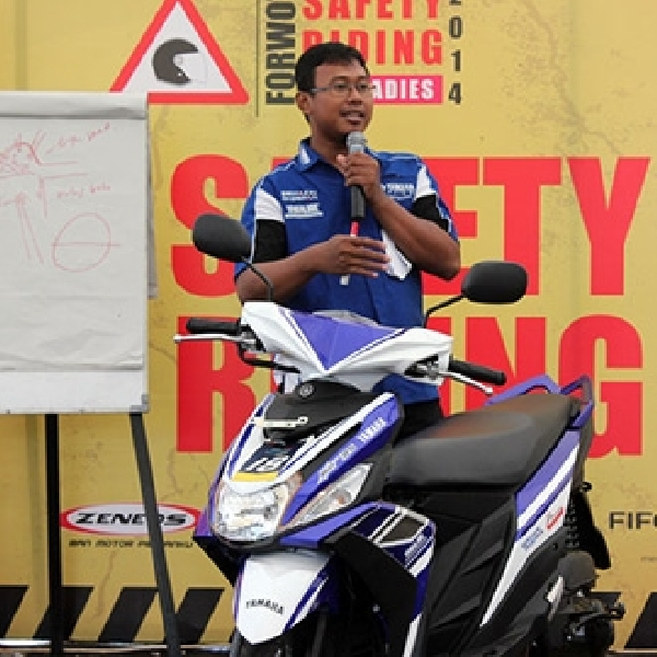 Puluhan Lady Bikers Ikut Pelatihan Safety Riding Forwot