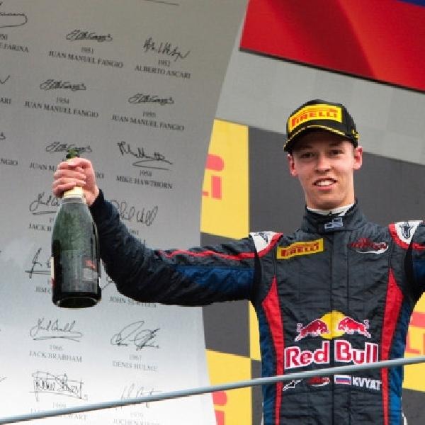Daniil Kvyat: Saya Tidak Takut Dengan Ricciardo
