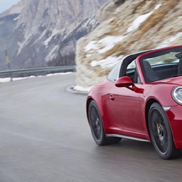 Porsche 911 Targa 4 GTS Hentak Jagat NAIAS 2015