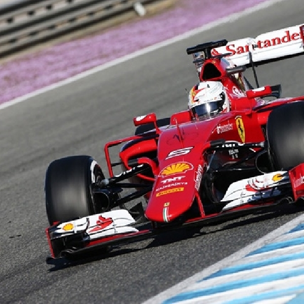 Vettel Jalani Debut Bersama Ferrari Dengan Cetak Waktu Tercepat