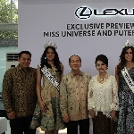 Miss Universe 2014 Paulina Vega Kunjungi Lexus Gallery