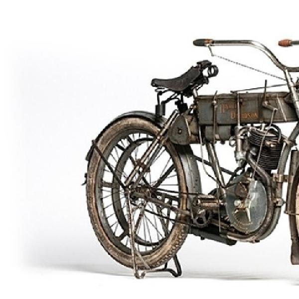 Harley-Davidson Strap Tank 1907, HD Paling Dicari di Dunia