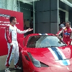 Hadapi Ferrari Challenge 2015, Pebalap Australia Jadi Rival Terberat