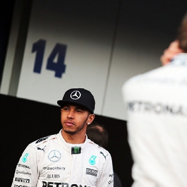 Mercedes Izinkan Kedua Pebalapnya Perang Terbuka Musim Ini