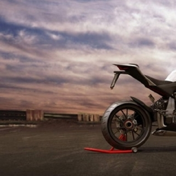 Audi Supersport R10, Hyperbike Kolaborasi Audi-Ducati