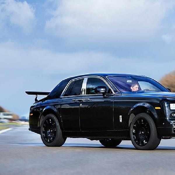 Rolls-Royce Cullinan Mulai Diuji Jalan