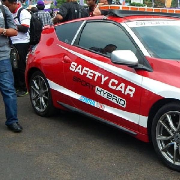 Honda CR-Z Jadi Safety Car di Ajang Balap ISSOM 2015