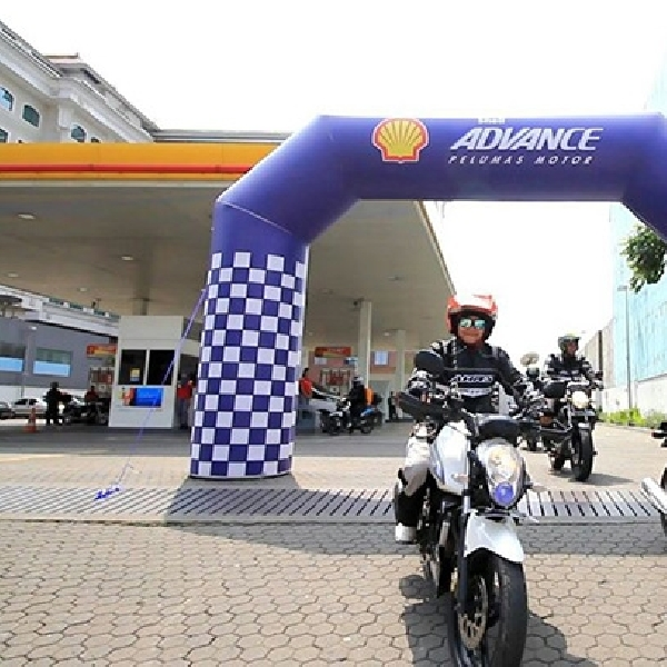 Shell Gandeng 10 Biker untuk Uji Pelumas Motor