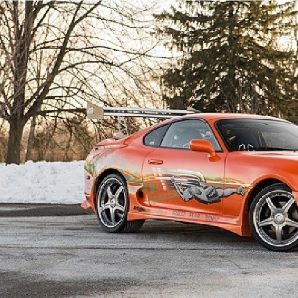Toyota Supra Fast and Furious Dilelang