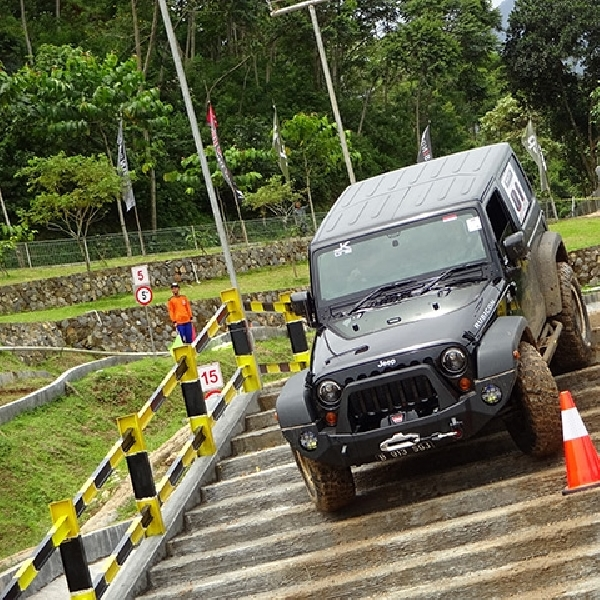 Jeep Agility Off Road Competition Series 2015, Kompetisi Sekaligus Safety Driving