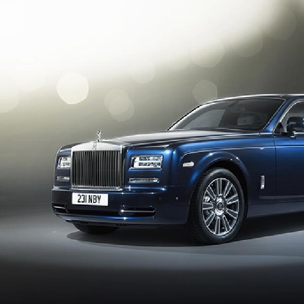 Menilik Keindahan Kabin Rolls-Royce Phantom Limelight