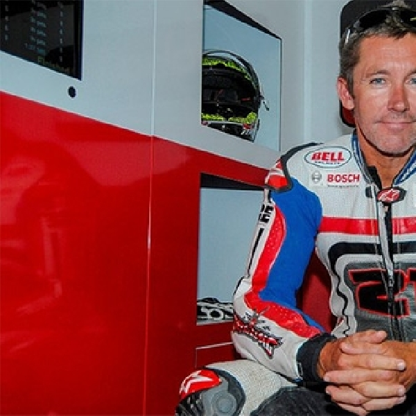 Ducati Scrambler Tunggangan Troy Bayliss Ini Khusus Buat Balap