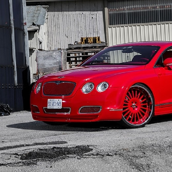 Modifikasi Bentley Continental GT, Gincu Merah dengan Velg Forgatio