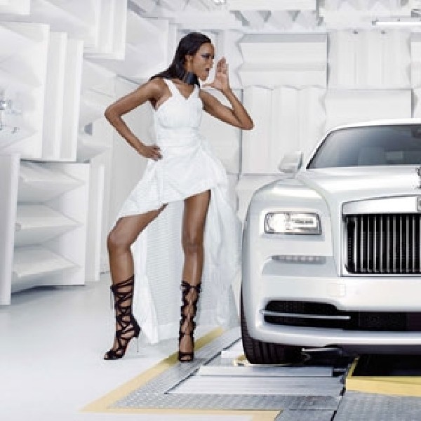 Rolls Royce Persembahkan 'WRAITH INSPIRED BY FASHION'