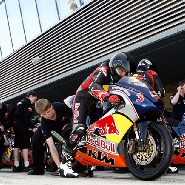Hadapi MotoGP 2017, KTM Turun dengan Formasi Full-Factory Team