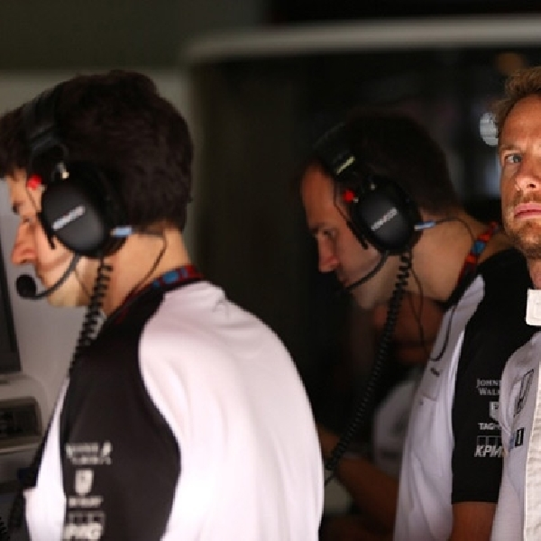Button Sebut Mobil McLaren Mengerikan!